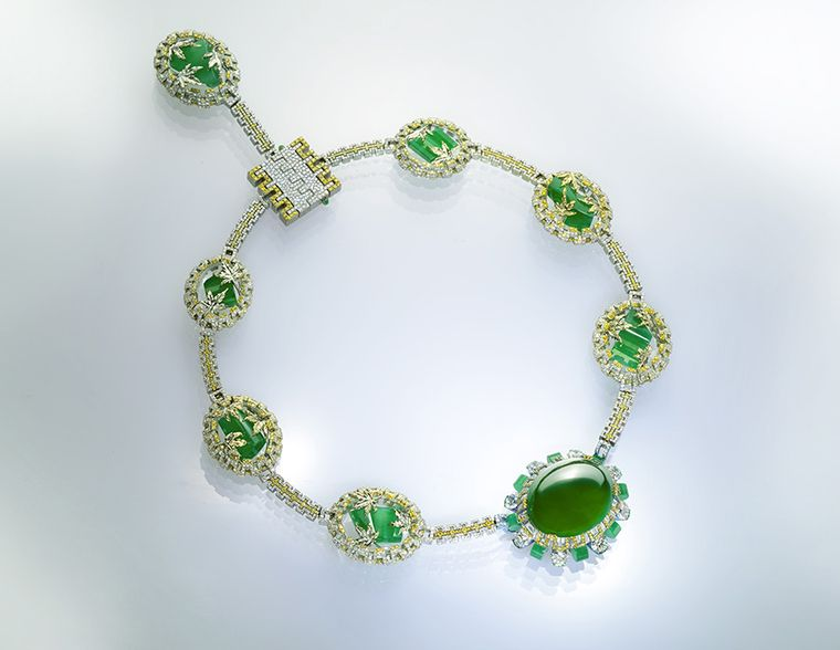 The Great Wall necklace by Wallace Chan worth 56 million euros (approx.) with an imperial jadeite central stone adorned with maple leaves and diamonds.