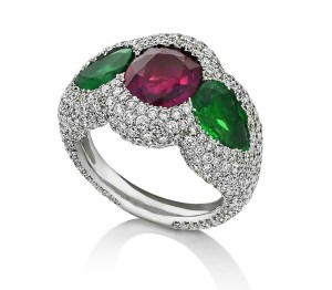 Niquesa-ruby-and-emerald-ring-2_jpg__2160x0_q90_crop-scale_subsampling-2_upscale-false