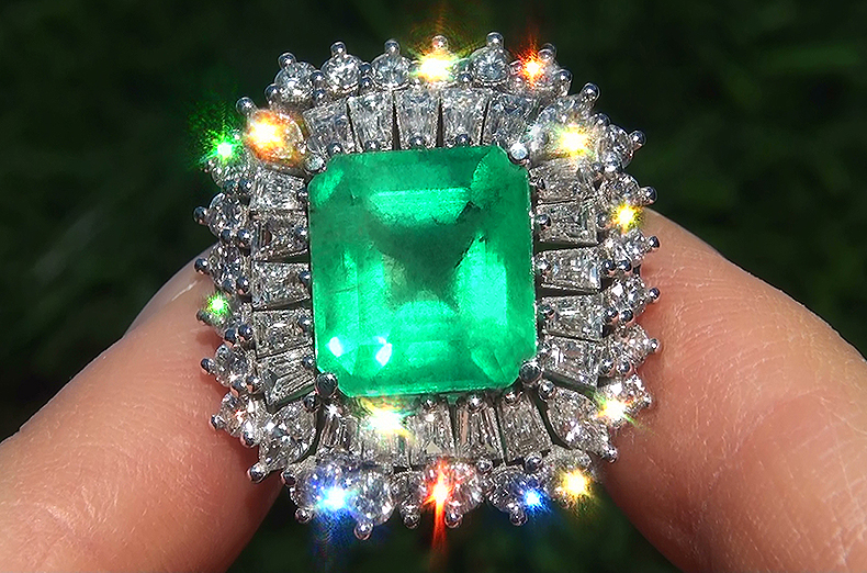 Estate 14.15 ct Natural Colombian Emerald Diamond 18k White Gold Ring