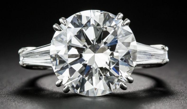 7.55 Carat Round Brilliant Cut Diamond Ring - GIA I-SI1