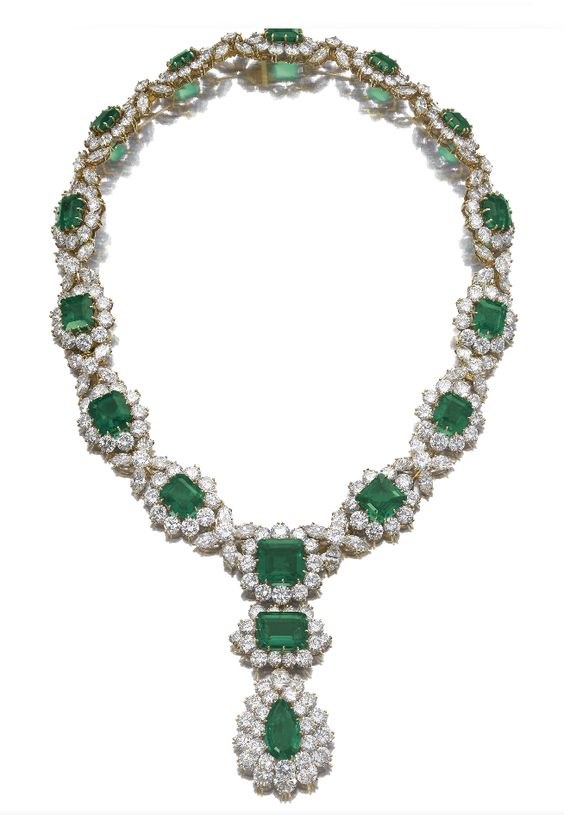 Emerald and diamond necklace by Bulgari