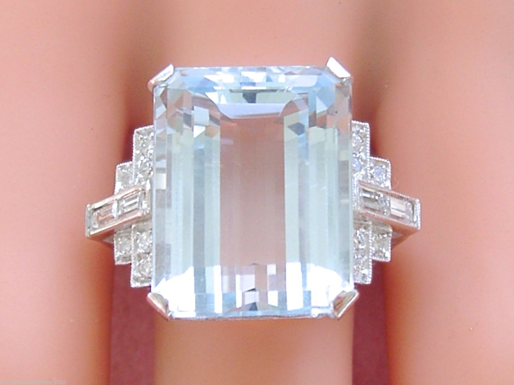 ESTATE ART DECO 25.96 CARAT AQUAMARINE .60ctw DIAMOND PLATINUM BIG COCKTAIL RING