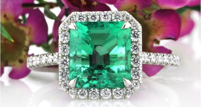 Exquisite 2.84ct Emerald and Diamond Engagement Ring
