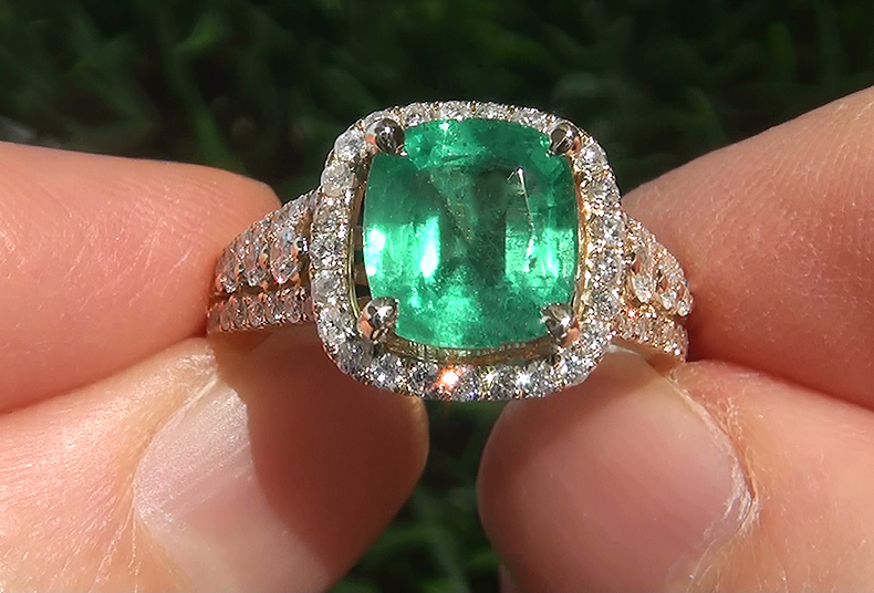 A Gorgeous Certified 3 62 Carat Natural Colombian Emerald
