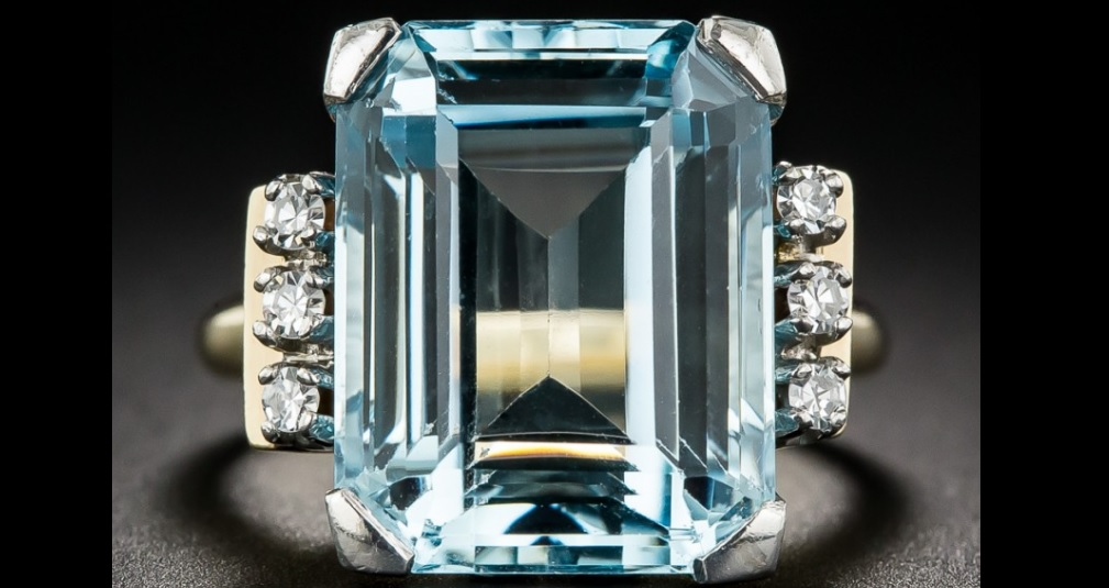 Mid-Century Aquamarine and Diamond Ring