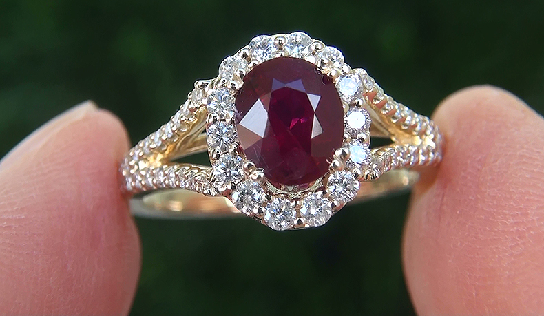HGT 1.84 ct UNHEATED Natural VS Red Ruby Diamond 14k Yellow Gold Cocktail Ring