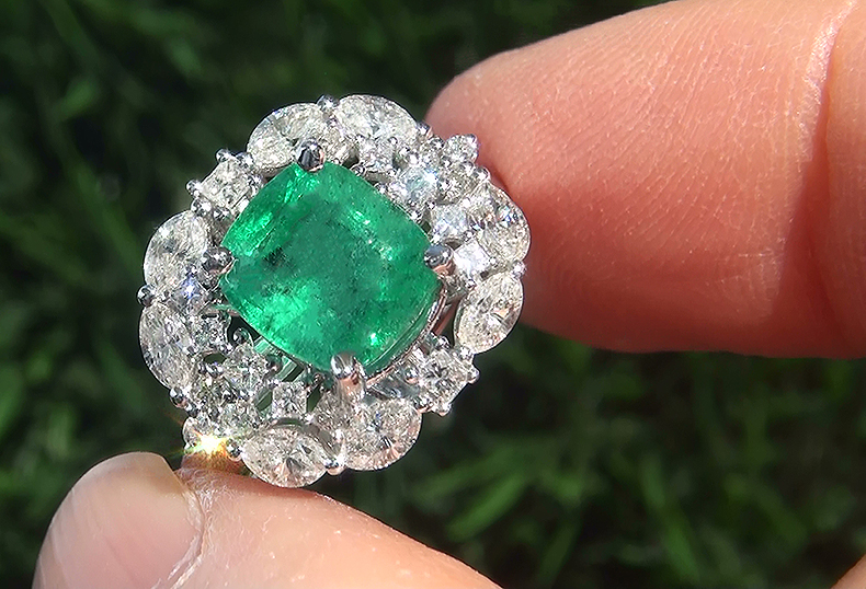 Estate 3.43 ct Natural Colombian Emerald Diamond 14k White Gold Cocktail Ring