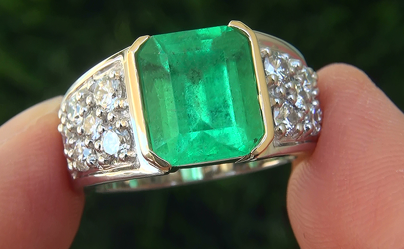 A Stunning GIA 4 65 Ct Men's Natural Emerald Diamond Platinum and 18k Gold Ge