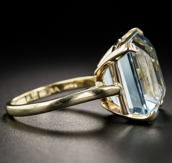 Vintage Aquamarine Solitaire Ring