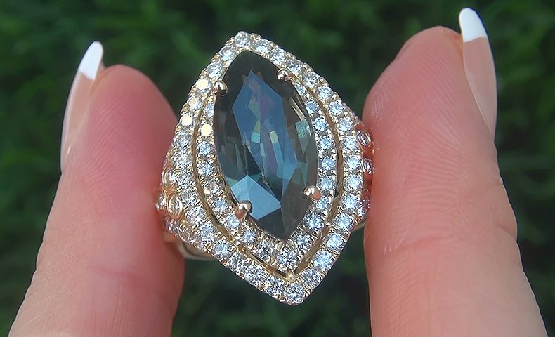GIA 8.57 ct UNHEATED Natural VVS Bluish Green Sapphire Diamond 14k Gold Ring