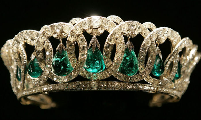 The Grand Duchess Vladimir Tiara, with emeralds