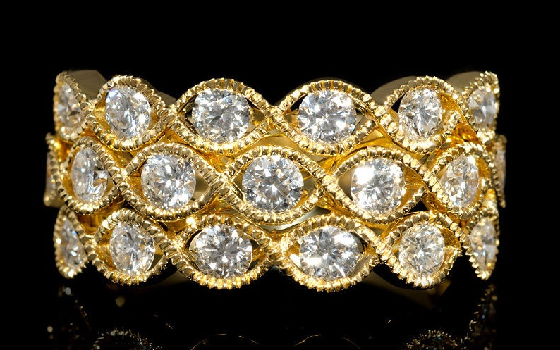 Diamond Antique Style 18k Yellow Gold Ring Price:US $3,200.00
