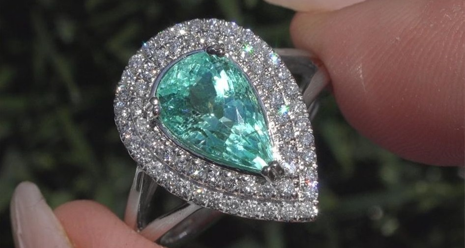 GIA Certified 3.51 ct Natural Paraiba Tourmaline & Diamond PLATINUM Estate Ring