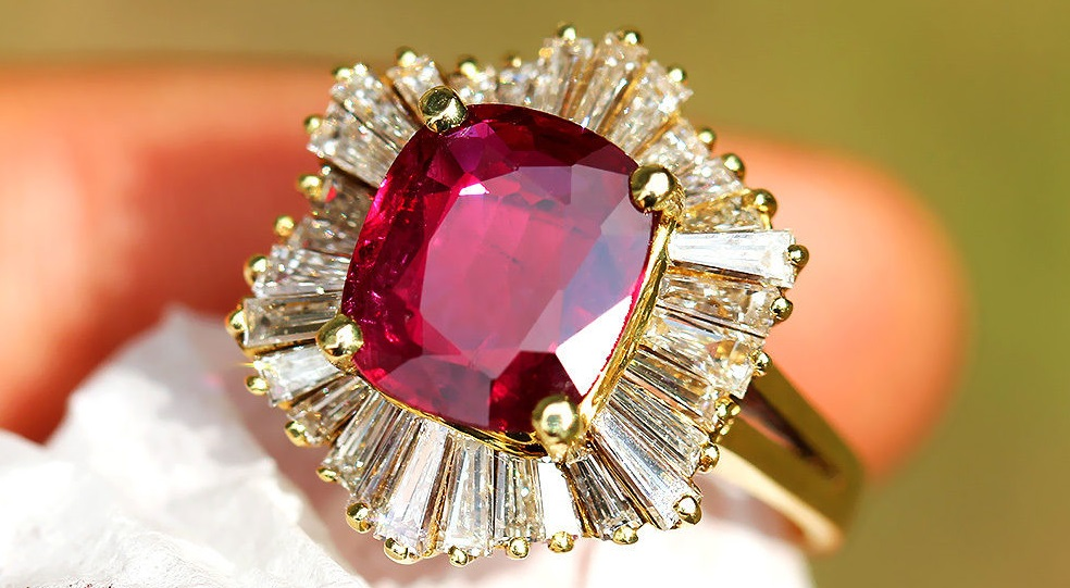 3.78ctw Cushion Ruby Ballerina Ring with Diamonds in 18kt Yellow Gold