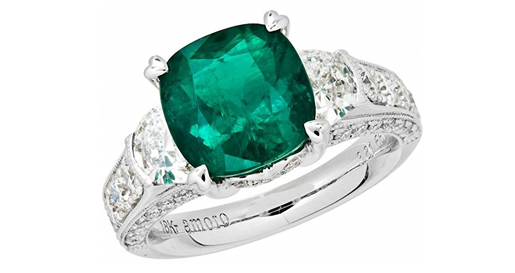 Amoro 18k White Gold Colombian Emerald Ring and Diamond Ring (0.95 cttw, G-H Color,VS2-SI1 Clarity)