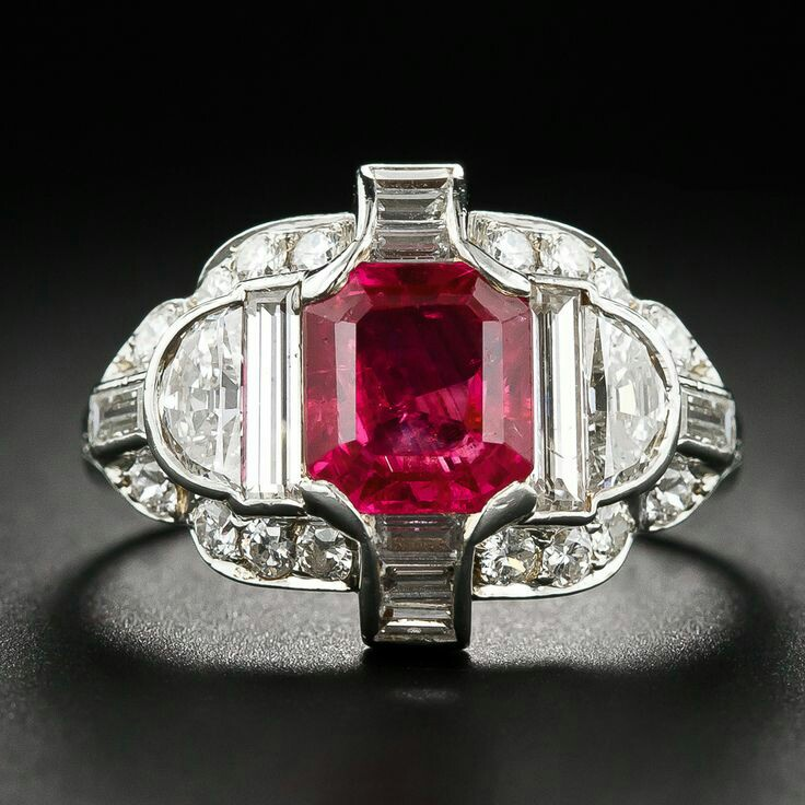 Exceptional Art Deco No-Heat Burma Ruby, Platinum and Diamond Ring