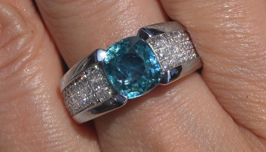 Certified Natural Blue Zircon Diamond Ring Solid 18k White Gold Unisex 8.68 TCW VIVID Neon Pool Blue Men Women Collector Grade