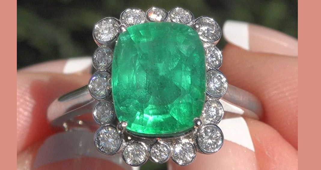 GIA Certified Natural Green Emerald Diamond Halo Ring 14k White Gold 4.03 TCW