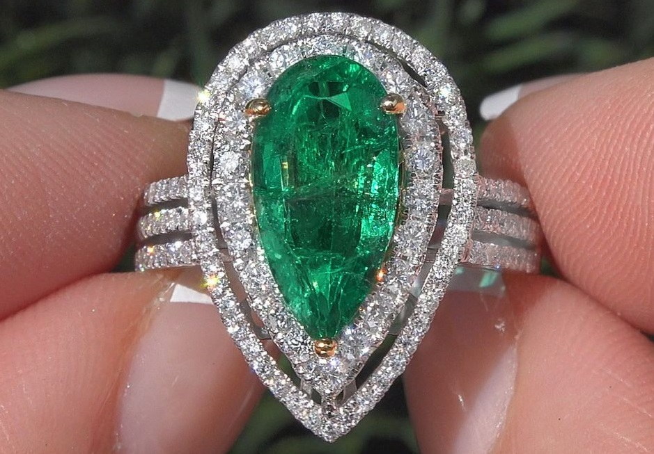 Green Emerald Diamond Cocktail Engagement Ring 14k Gold 4.03 TCW GIA Certified
