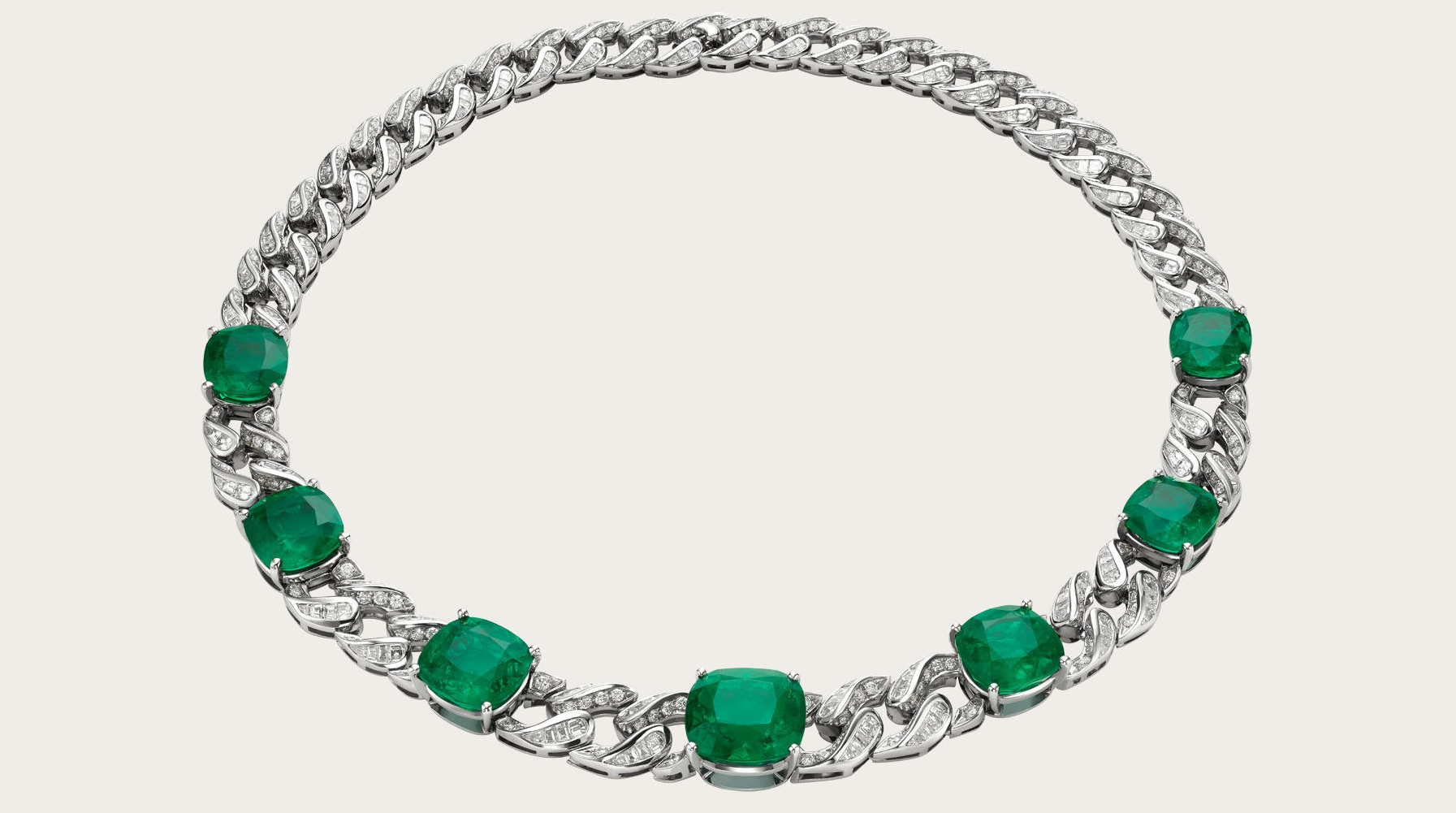 High Jewellry necklace in platinum with 7 cushion shaped emerald (56.4 ct), fancy shaped step cut diamonds and pave diamonds (19.23 ct).