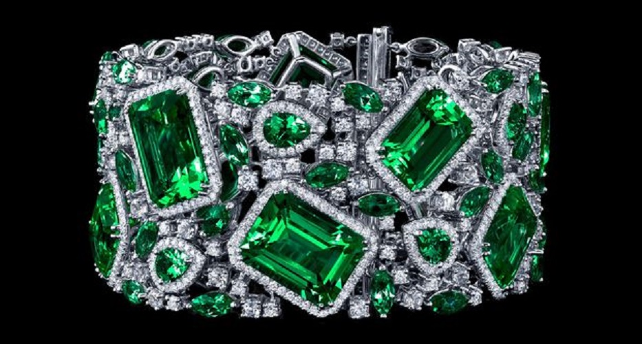 Gorgeous Emerald and Diamond Bracelet