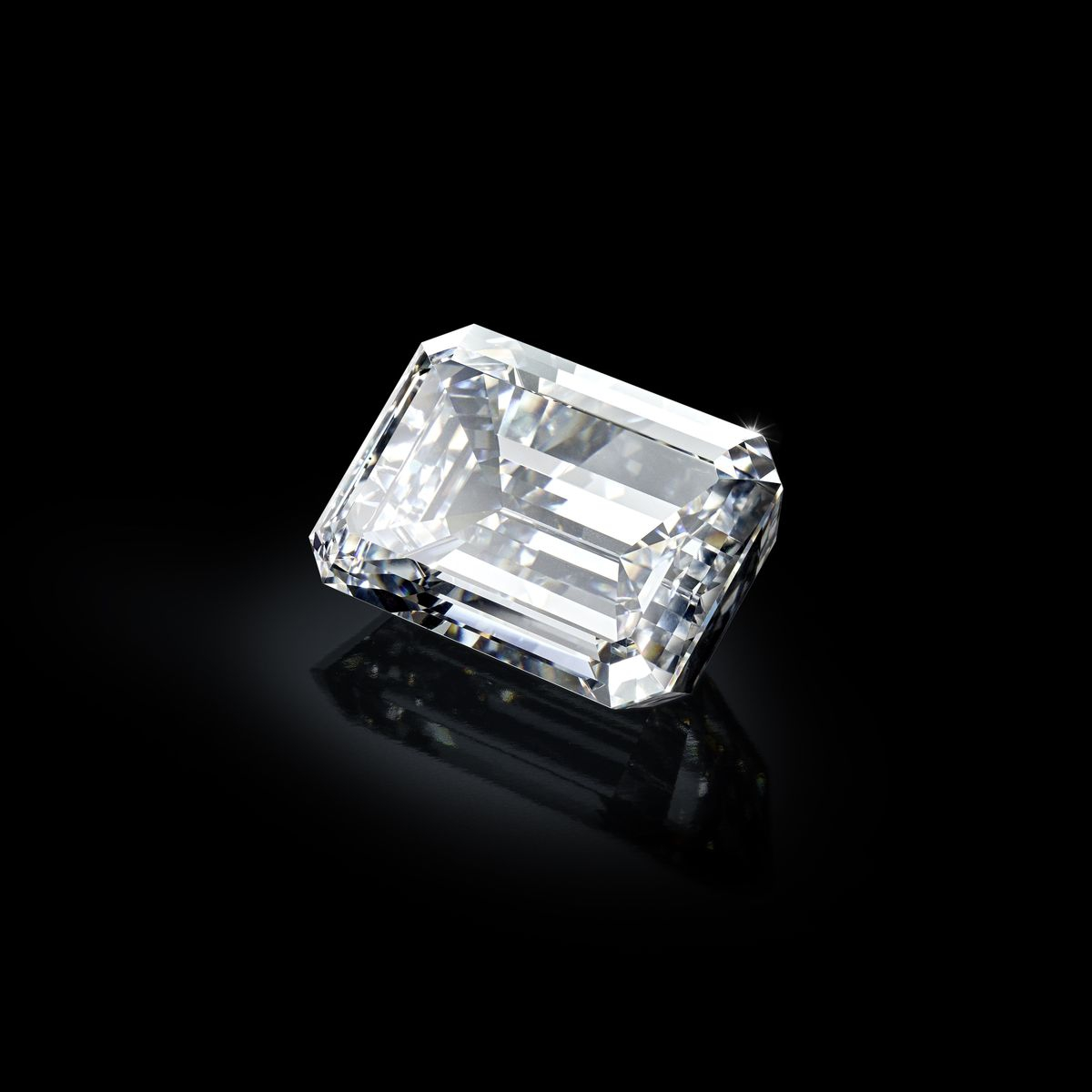 The stone, 163ct, D, Flawless