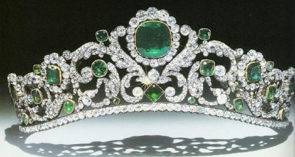 The Angouleme Emerald Tiara.  The diamond and emerald tiara made for the Duchess of Angoulême by Bapst, on display with the rest of the French crown jewels at the Louvre Museum in Paris, 2016 This gorgeous tiara was made by Evrard and Frederic Bapst for the French crown jewels in 1820. There are 1031 diamonds and 40 emeralds in the setting. When sold in 1887, an observer remarked that anyone who had not seen it 'does not know what an emerald is, the green stones alternate with the brilliants in such a manner that there is an interplay of colored light, the effect of which is magical.