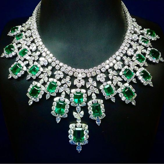"""Platinum, Diamonds, and Emeralds Bib Necklace"