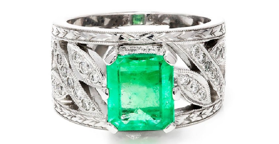 Colombian Emerald Cocktail Ring with Diamonds in 14kt White Gold 2.50ctw Milgrain