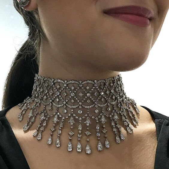 Superb Belle Époque  diamond necklace by Boucheron, circa 1905.