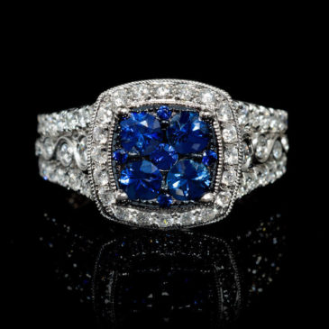 A Gorgeous Diamond and Blue Sapphire 18k White Gold Ring